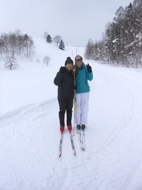 Cross country skiing Steph and Saori